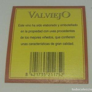 Valviejo. Etiqueta impecable 6,5x6cm