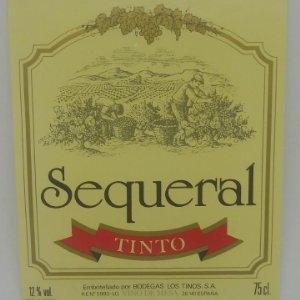 Sequeral tinto. Bodega Los Tinos. Etiqueta impecable 12x10cm