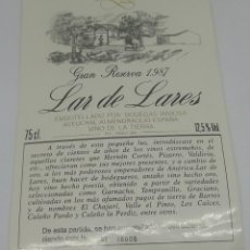 Etiquetas antiguas: LAR DE LARES. GRAN RESERVA 1987 BODEGAS INVIOSA. ACEUCHAL. ALMENDRALEJO 38006/40K BOTELLAS 14X9,3CM. Lote 162947126