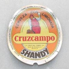 Etiquetas antiguas: ETIQUETA DE CERVEZA SHANDY CRUZCAMPO 20 CL. MODELO 3. LA CRUZ DEL CAMPO. Lote 268880179
