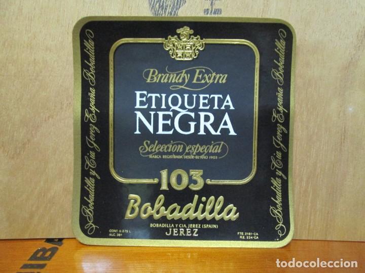 ANTIGUA ETIQUETA, BRANDY EXTRA ETIQUETA NEGRA 103 BOBADILLA (Coleccionismo - Etiquetas)