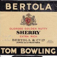 Etiquetas antiguas: BERTOLA SHERRY TOM BOWLING JEREZ DE LA FRONTERA CÁDIZ (RESTOS DE HABER ESTADO PEGADAS). Lote 194919395