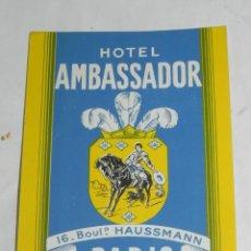 Etiquetas antiguas: ETIQUETA PARA MALETA HOTEL AMBASSADOR, PARIS, LUGGAGE LABEL, MIDE 11,5 X 9 CMS.. Lote 195172197
