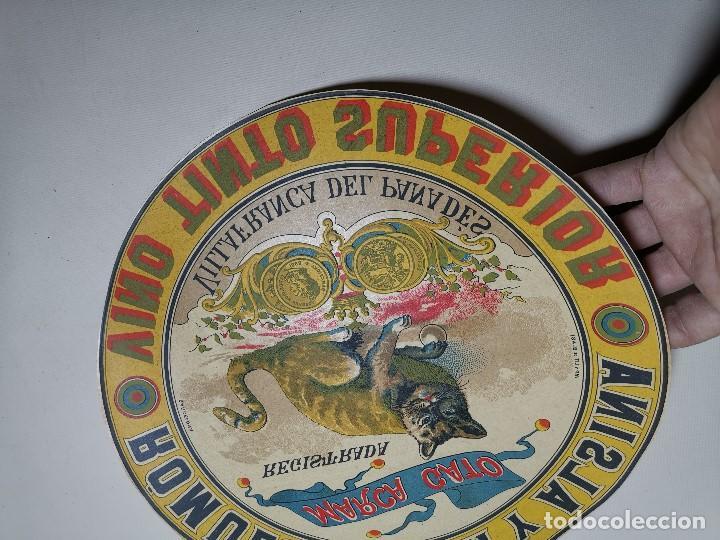 Etiquetas antiguas: ETIQUETA BARRICA VINO TINTO SUPERIOR MARCA GATO ROMULO BOSCH Y ALSINA-VILAFRANCA DEL PANADES- 31 CM - Foto 4 - 197846771