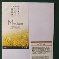 Etiquetas antiguas: ETIQUETAS MEDIUM JEREZ. Lote 199621542