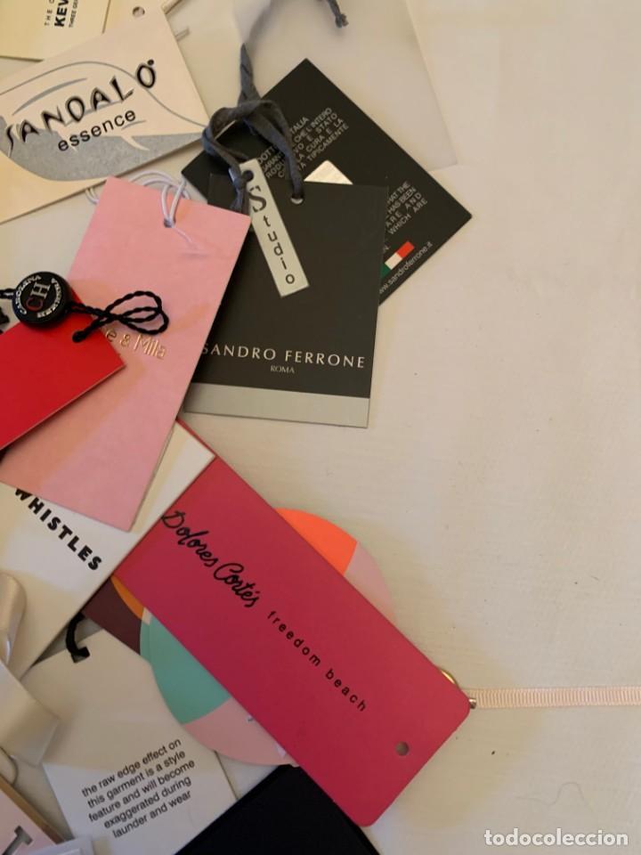 Etiquetas antiguas: Gran lote de etiquetas de primeras firmas de moda. Algunas con más de 20 años. - Foto 13 - 209748960
