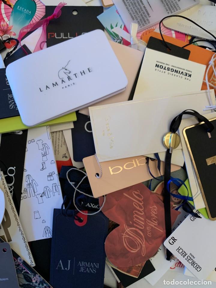 Etiquetas antiguas: Gran lote de etiquetas de primeras firmas de moda. Algunas con más de 20 años. - Foto 15 - 209748960
