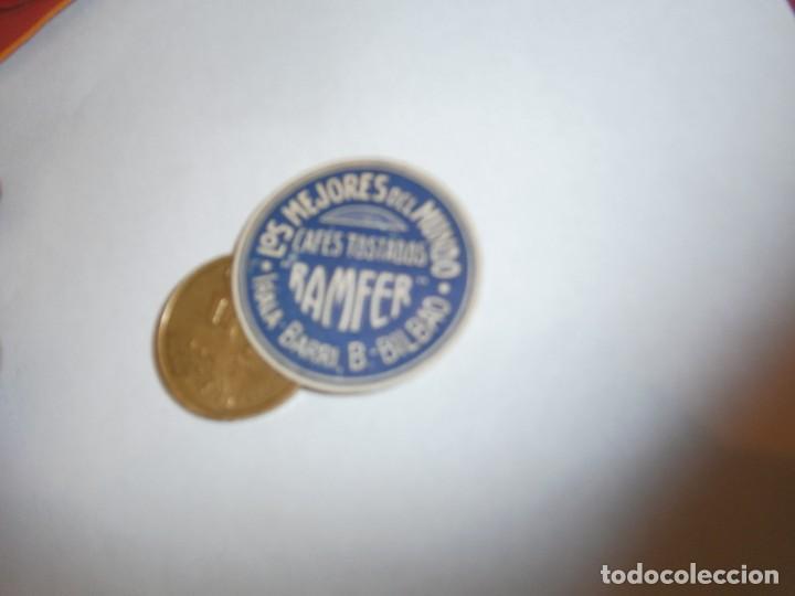 ETIQUETA PUBLICITARIA, AÑOS 30,40. CAFES TOSTADOS RAMFER LOS MEJORES DEL MUNDO (BILBAO) (Coleccionismo - Etiquetas)