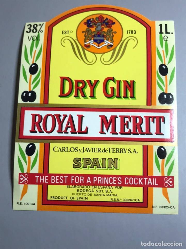 ETIQUETA GINEBRA DRY GIN ROYAL MERIT (Coleccionismo - Etiquetas)