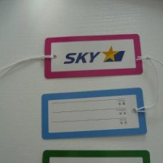 Etiquetas antiguas: AVION : BAGGAGE LUGGAGE TAGS SKY AIRLINES JAPAN ETIQUETA PRECINTO LABEL DE EQUIPAJE MALETA. Lote 254308190