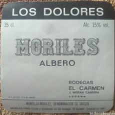 Etiquetas antiguas: ETIQUETA VINO LOS DOLORES MORILES ALBERO BODEGAS EL CARMEN LUCENA CÓRDOBA. Lote 262346445