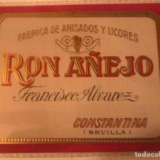 Etiquetas antiguas: ETIQUETA RON AÑEJO FRANCISCO ALVAREZ. CONSTANTINA. Lote 288038993