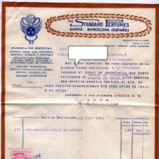 Facturas antiguas: ESENCIAS STANDARD PERFUMES BARCELONA. FACTURA +LETRA + SOBRE REMITE COMERCIAL FRANQUEADO AÑO 1951. Lote 48167456