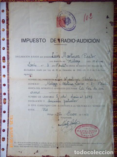 RARO DOCUMENTO DE IMPUESTO RADIO-AUDICION, DE 1944,MALAGA (Coleccionismo - Documentos - Facturas Antiguas)