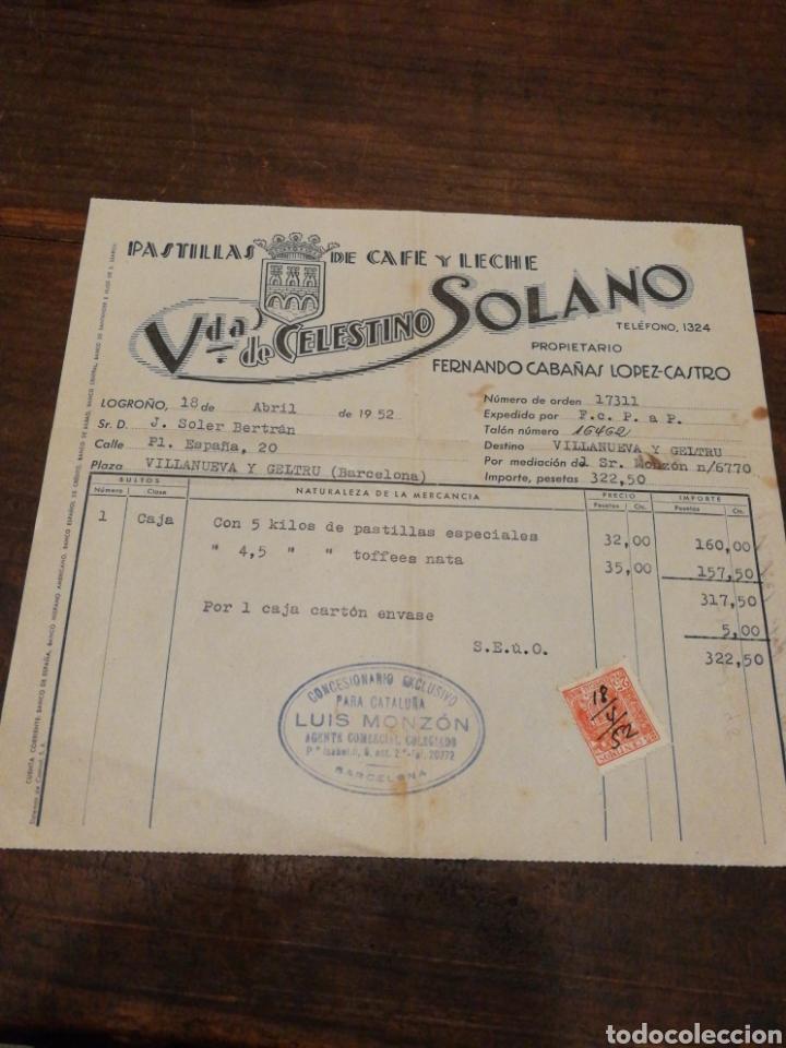ANTIGUA FACTURA VDA.DE CELESTINO SOLANO, PASTILLAS DE CAFÉ Y LECHE (LOGROÑO), 1952, TIMBRE. (Coleccionismo - Documentos - Facturas Antiguas)