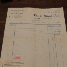 Facturas antiguas: ANTIGUA FACTURA VDA.DE MIGUEL RIERA MATAS- MOSCATEL MALVASIA Y VINOS FINOS (SITGES), 1952, TIMBRE.. Lote 140808925