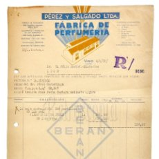 Facturas antiguas: FACTURA FÁBRICA DE PERFUMERÍA PÉREZ Y SALGADO. VIGO GALICIA 1939. Lote 144046346