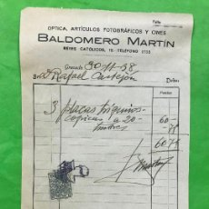 Facturas antiguas: FACTURA BALDOMERO MARTIN, OPTICA, A. FOTOGRAFICOS Y CINE, BRANADA 1938 GUERRA CIVIL, SELLO RARO CASA. Lote 208881620