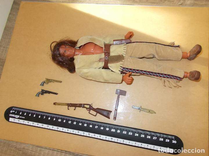 Figuras de acción - Big Jim: BIG JIM MATTEL BISONTE NEGRO-NERO: TRAJE HACHA RIFLE PUÑAL MOCASINES...AÑOS 70 OESTE.BLOODY FOX.PTOY - Foto 5 - 38441620