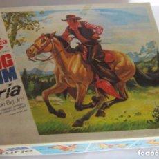 Figuras de acción - Big Jim - BIG JIM CABALLO FURIA, EN CAJA. CC - 98254439