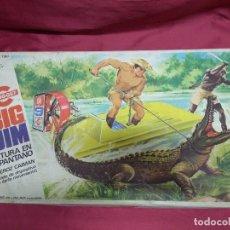 Figuras de acción - Big Jim - BIG JIM. AVENTURA EN EL PANTANO. EN SU CAJA ORIGINAL - 151261126