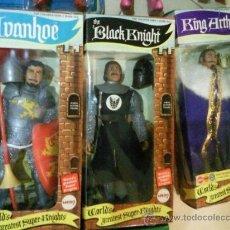 Figuras de acción: MEGO KNIGHTS CABALLEROS IVANHOE KING ARTHUR BLACK KNIGHT TAMAÑO MADELMAN. Lote 30624945