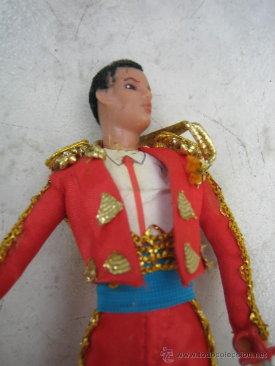 Figuras de acción: Muñeco torero. Altura 18 cm - Foto 5 - 218652133