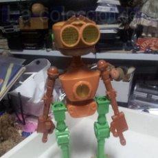 Figuras de acción: GRAN ROBOT PLANETA DEL TESORO BEN EL ROBOT 40CM. MCDONALDS DIFICIL DE CONSEGUIR AÑO 2002 ED.LIMITADA. Lote 36583406