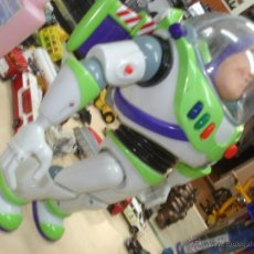 Figuras de acción: ROBOT TOY STORY - BUZZ LIGHTYEAR DE THINKWAY / DISNEY. Lote 41029481