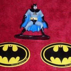 Figuras de acción - BATMAN FIGURA DE METAL 1992 IOWA - U.S.A. Y LOGOTIPOS PLASTICO 1964 - 45533130