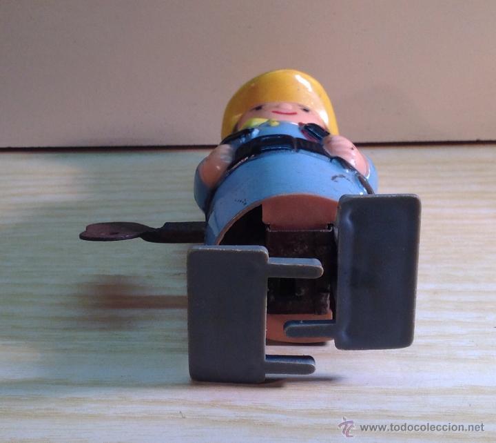 Figuras de acción: JUGUETE DE FABRICACION ESPAÑOLA , DE PASTA O PLASTICO Y COM MECANISMO DE CUERDA, FUNCIONA - Foto 5 - 45961685