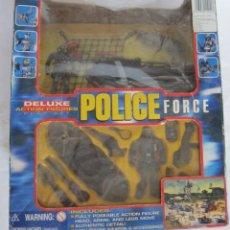 Figuras de acción: POLICE FORCE DELUXE, SERIE II, EN CAJA. CC. Lote 46779782