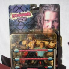 Figuras de acción: PRESSING CATCH - WCW - KEVIN NASH CON ÁRBITRO - BANDAI. Lote 48424050