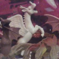 Figuras de acción: INCREIBLE RELIQUIA DRAGON PEGASO INFERNAL GOMA VINTAGE DRAGONES MAZMORRAS AÑOS 80. Lote 50692683