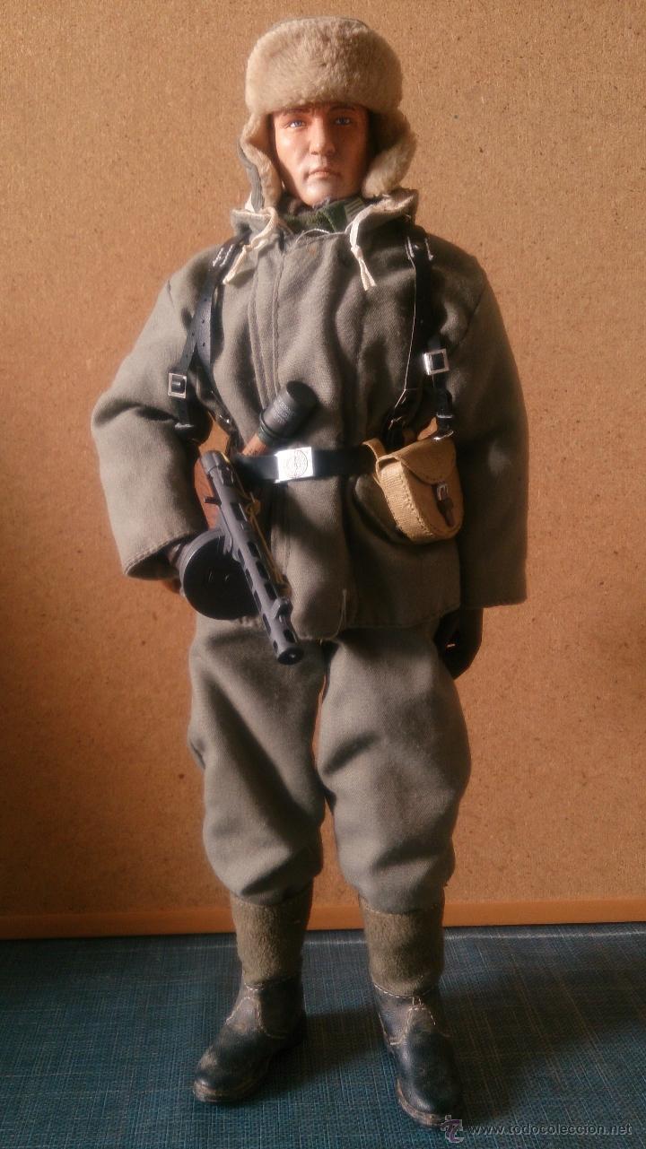 Figuras de acción: Custom Dragon División Azul - Invierno 1942 - Batallón Román – Escala 1:6 - Foto 2 - 52856285