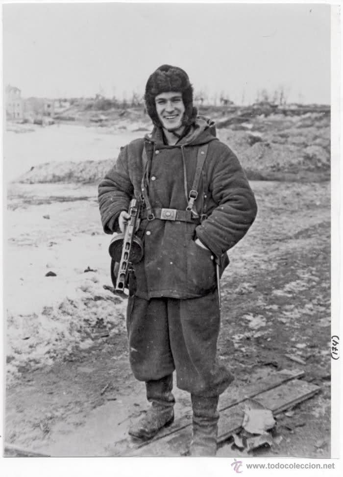 Figuras de acción: Custom Dragon División Azul - Invierno 1942 - Batallón Román – Escala 1:6 - Foto 3 - 52856285