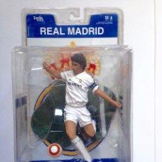 Figuras de acción: RAUL FT CHAMPS FIGURA 14 CM REAL MADRID CLUB DE FÚTBOL OFICIAL ORIGINAL. Lote 56182098