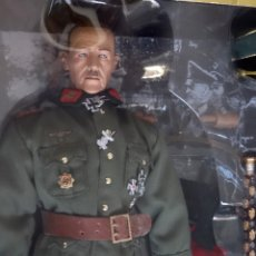Figuras de acción: ACTION FIGURE FELDMARSCHALLS GERMANY GENERAL VON RUNDSTED ESCALA 1/6. Lote 58380397