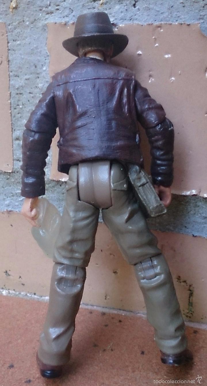 Figuras de acción: Figura articulada Indiana Jones Hasbro 2007 - Foto 2 - 58652720