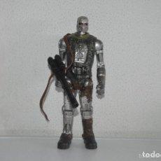 Figuras de acción: FIGURA ROBOT PLAYMATESTOYS 2009 TERMINATOR SALVATION PFS. Lote 67636753