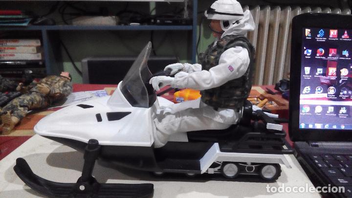 Figuras de acción: hm armed forces.moto nieve+ soldado tipo madelman.geyperman,lee descripcion, como se ve - Foto 2 - 221881515