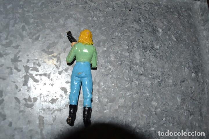 Figuras de acción: figura plastico serie v - Foto 2 - 71200009