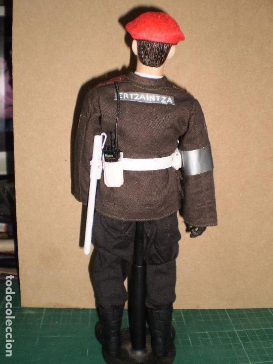 Figuras de acción: CUSTOM DRAGON CABO DE LA ERTZAINTZA POLICIA AUTONOMA VASCA ESCALA 1/6 - Foto 6 - 71603991