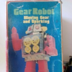 Figuras de acción: GEAR ROBOT MADE IN JAPAN. Lote 95461623