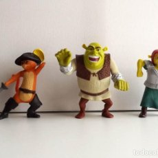 Figuras de acción: SHREK, FIONA Y GATO CON BOTAS, FIGURAS ARTICULADAS, MCDONALD'S. Lote 106539959