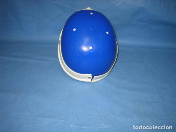 Figuras de acción: Antiguo casco Kawa años 70 o 80. Juguetes Sambers Ref 97 made in Spain - Foto 4 - 106586971