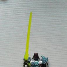 Figuras de acción: GUERRERO ESPACIAL CON SABLE LÁSER 5,5 CM. Lote 111903636