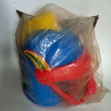 antifuo casco capitan sideral de brekar años 70 en su bolsa original ref 1016