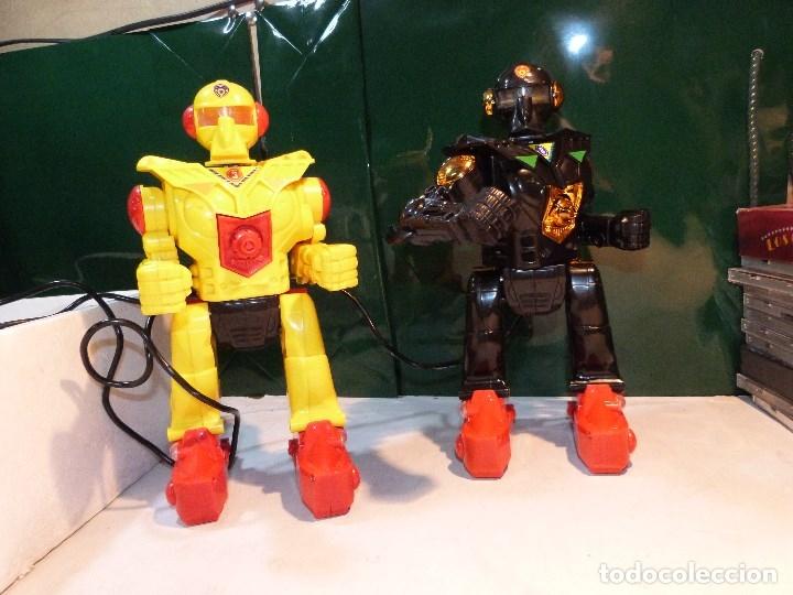 Figuras de acción: ROBOXING, Dos Robot de ataque, con mando y cables a distancia. - Foto 4 - 114122299