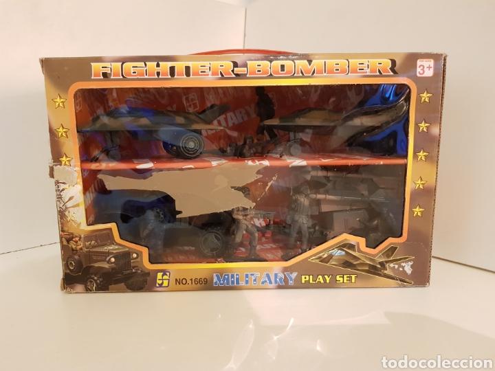 FIGHTER BOMBER POWER FORCE DOS CAZAS Y UN JEEP CON REMOLQUE MILITARY PLAYSET (Juguetes - Figuras de Acción - Otras Figuras de Acción)